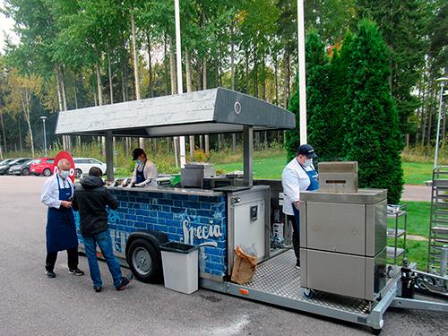 Metos Topbox siirrettävä grilliyksikkö on rakennettu vaunuun